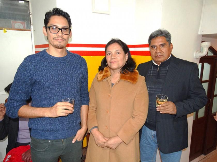 Erik Contreras, María Luisa  de Contreras y Mario Contreras.