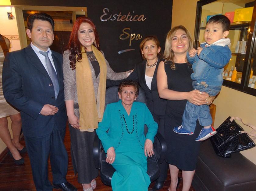 Willie, Lidia, Lila Vedia, Jimena y Antonieta Villarroel.