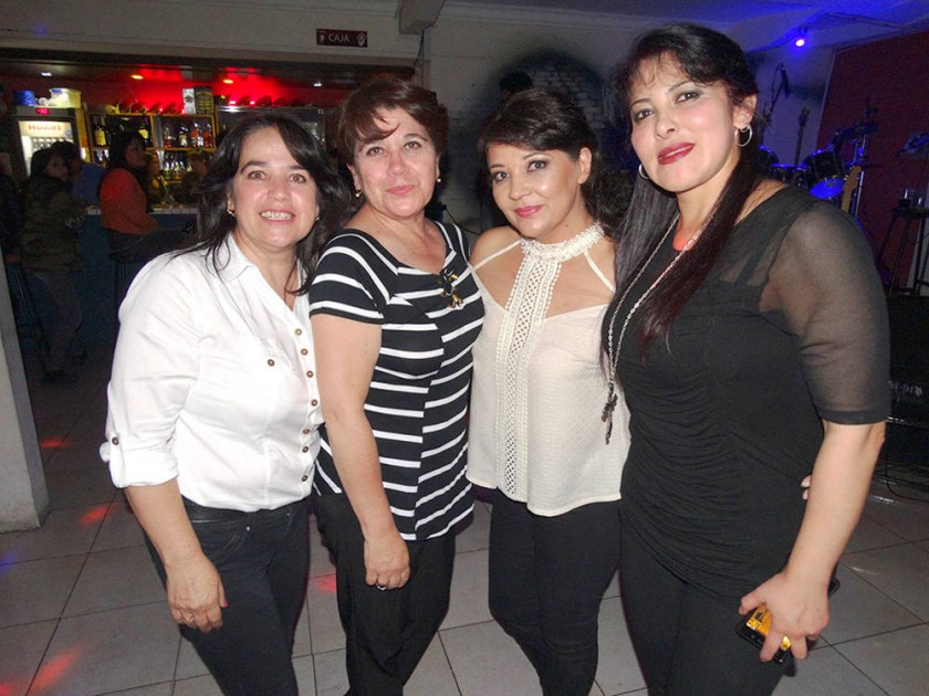 Janeth Vidal, Marianela Vidal, Mary de Poppe  y María René Villavicencio.