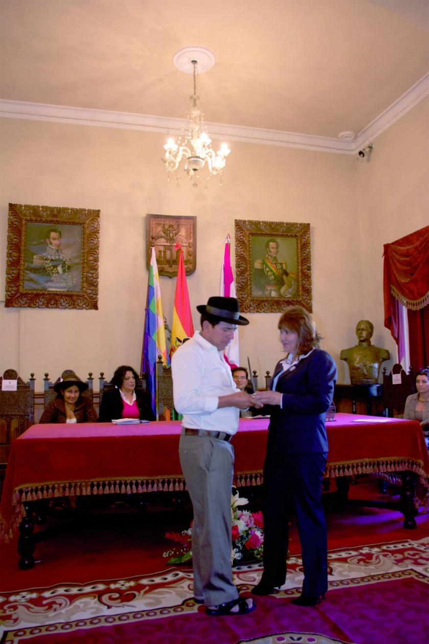 Condecoración por el Concejo Municipal de Sucre