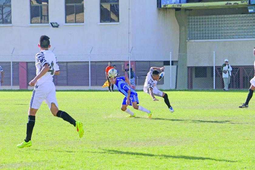 Atlético Sucre y Nacional Sucre igualaron en el auxiliar.