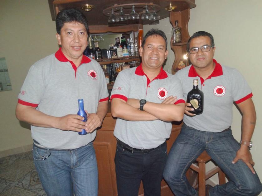 Alan Sánchez, Mario Vargas y Wilber Díaz.