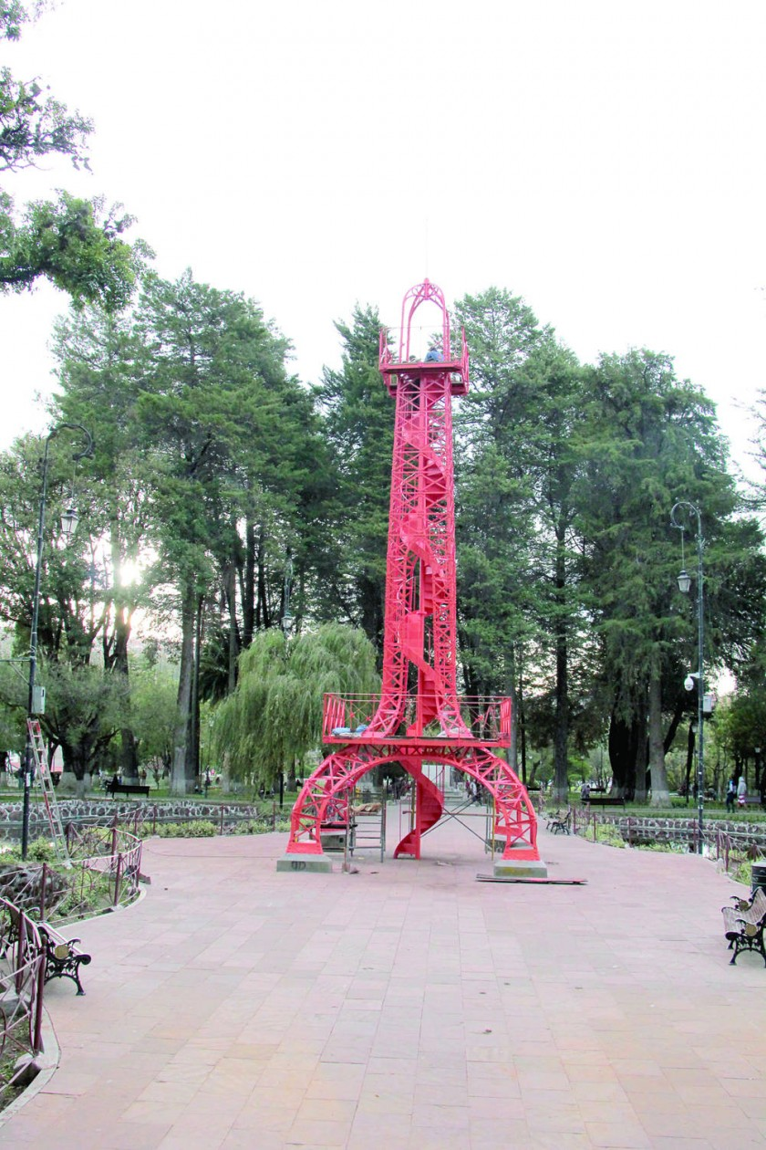Torre Eiffel, el brillo de lo original