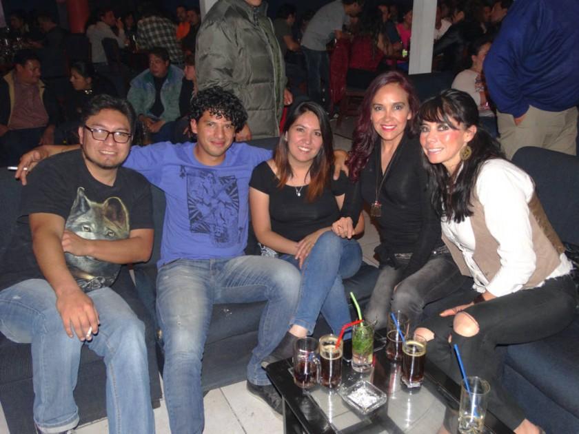 Christian, Diego, Pame, Alexandra y Sonia.