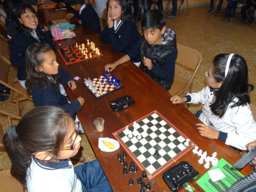 Tercero de secundaria, juegos de Ludoteca.