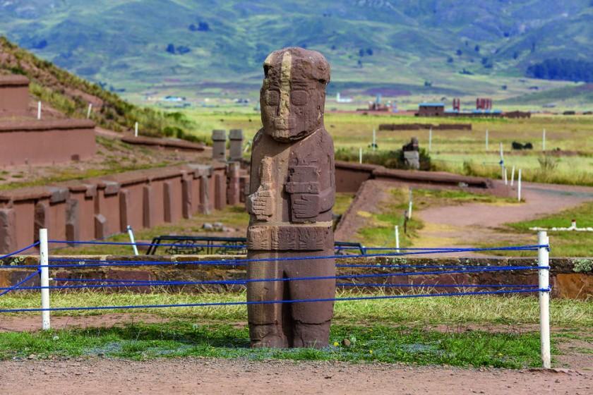 Varios hallazgos inesperados en la antigua ciudadela de Tiahuanaco, en un trabajo impulsado por la Unesco y...