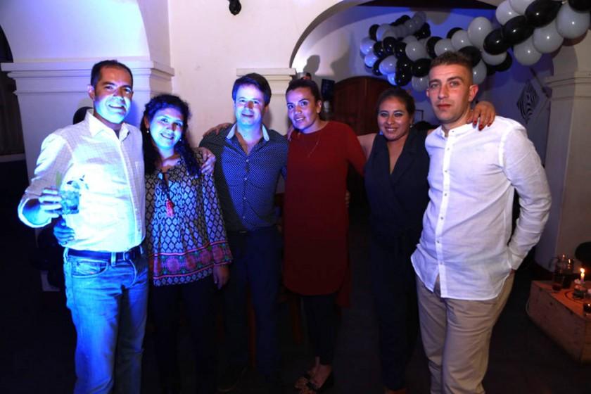 Aurelio, Claudia, Guillermo, Bibiana, Carla y Joaquín.