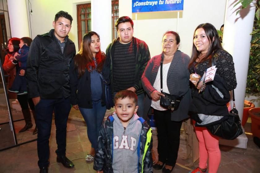 Familia Serrano, Ortiz y Claure.
