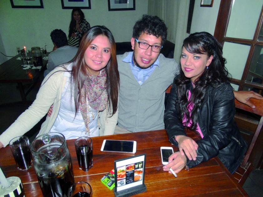 Rosario Pradel, Sergio Gutiérrez y Lizeth Pradel.