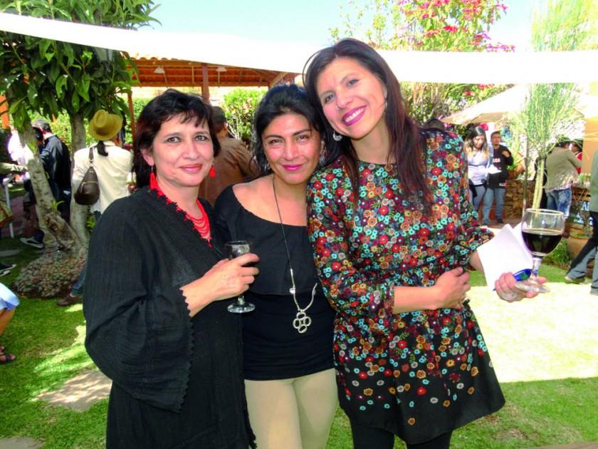 Cinthia Dávalos, Evangelina Navia y Piti Campos