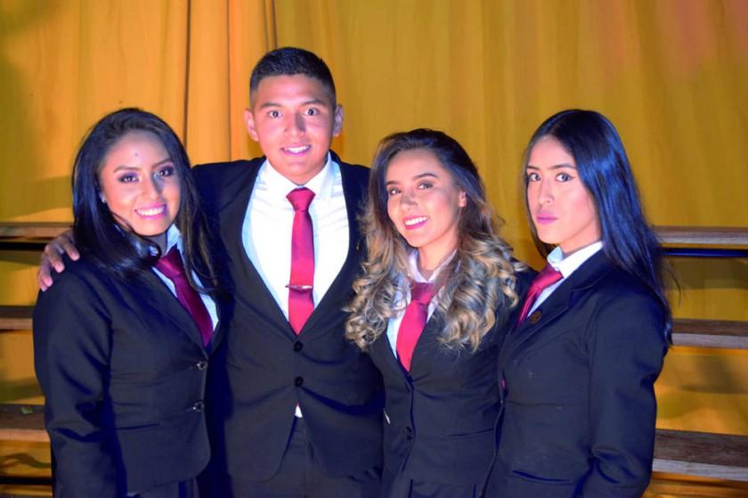 Cecilia Pallares, Mauricio Peredo, Fernanda Saucedo y Fátima Amusquivar