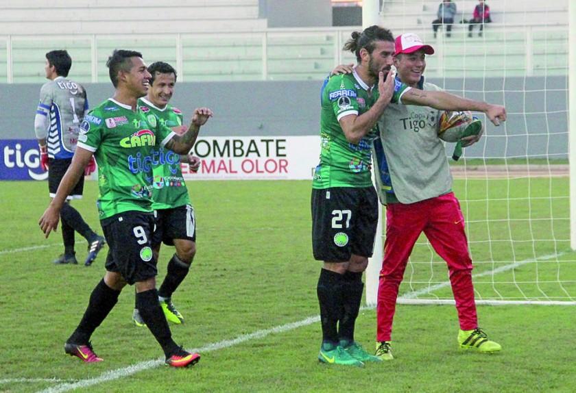 Petrolero y Sport Boys sumaron un punto en el partido jugado ayer, en el estadio Provincial de Yacuiba.