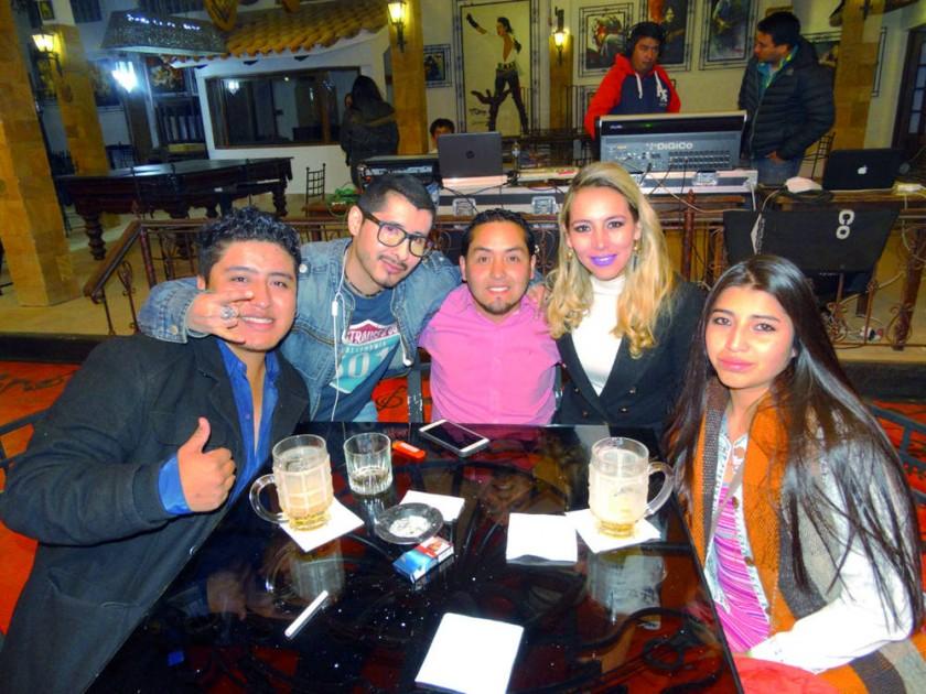 Brian Flores,  Marco Chumacero, Gonzalo Tamayo, Mónica Mercado  y Neiza Gonzáles.