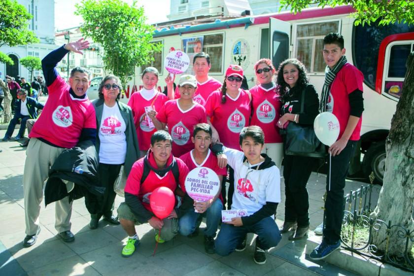 """""""Embajada mundial de activistas por la paz""""."""