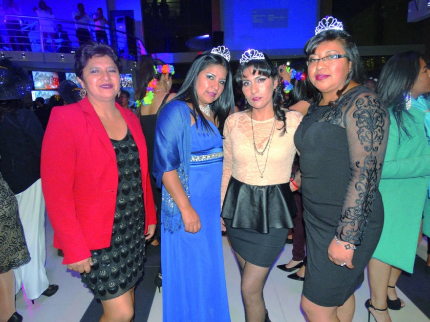 Eliana Moscoso, Marlene Zárate, Mariela Sánchez y Carola Moscoso.