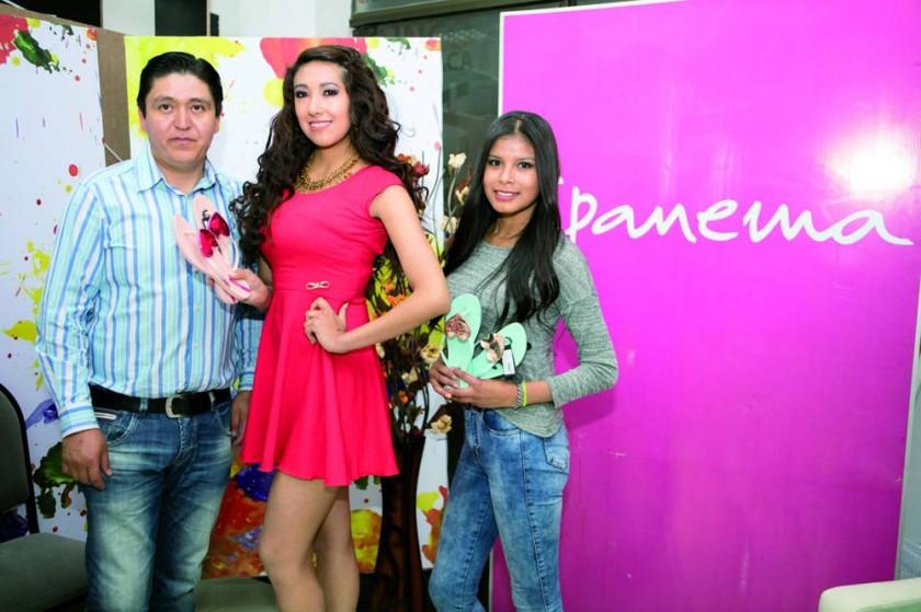 Ipanema: Cliver Ríos, Pamela Olguín y Rosemary Zenteno.
