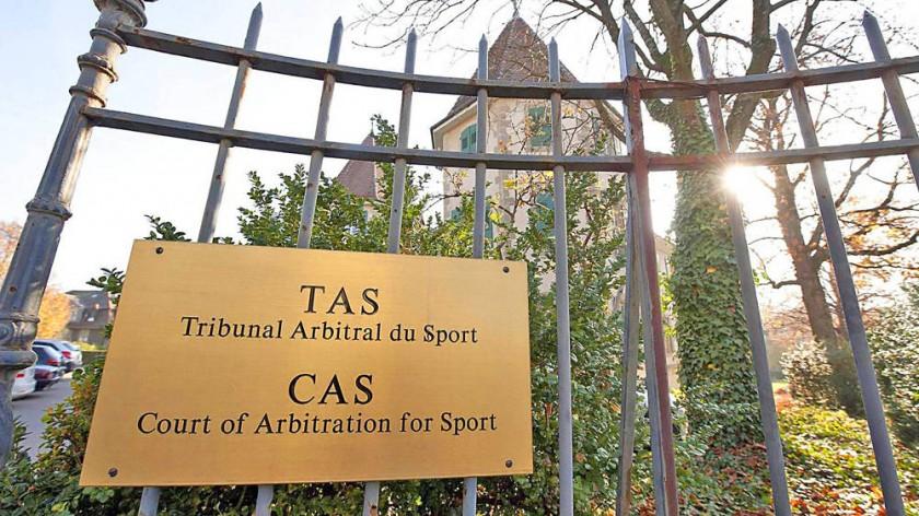 El Tribunal de Arbitraje Deportivo recibió ayer a representantes de la Federación Bolviana de Fútbol por el caso...