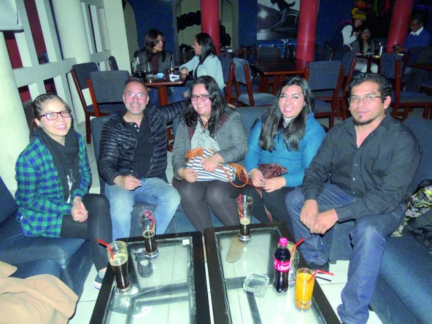 Gabriela, Gonzalo, Jamile, Diana y Alejandro.
