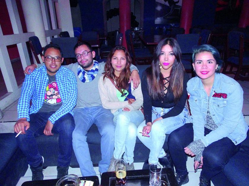 Sergio, Ricardo, Alisson, Karla y Lauren.