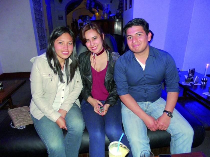 Yesenia, Paola y Patrick.