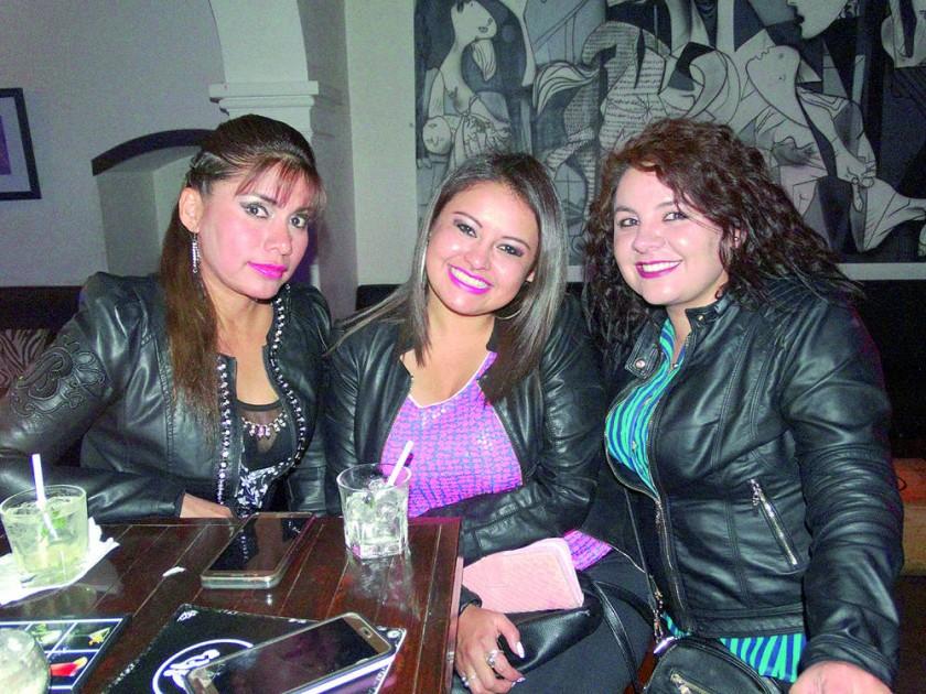Noelia Méndez, Noelia Hurtado y Marta Sandy.