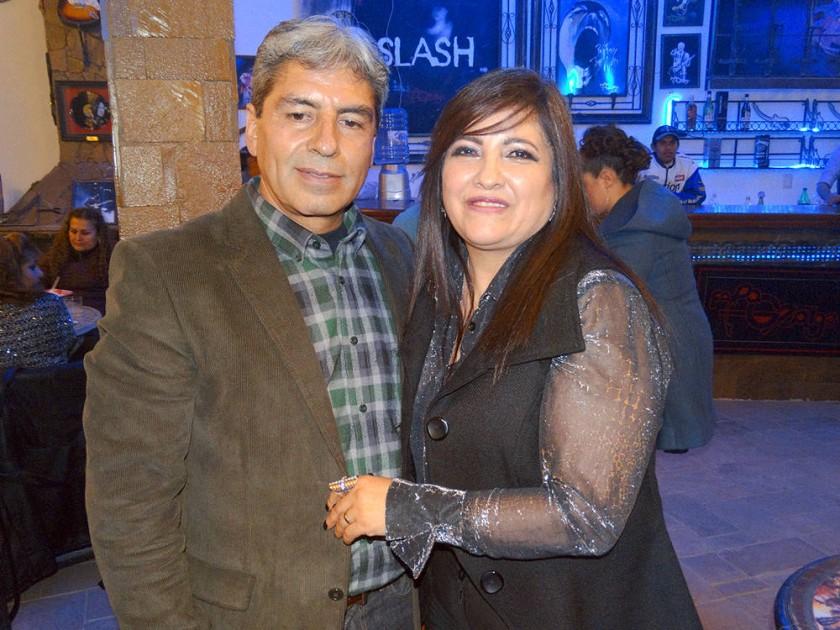 Limbert Mendoza y Carmen Campero.