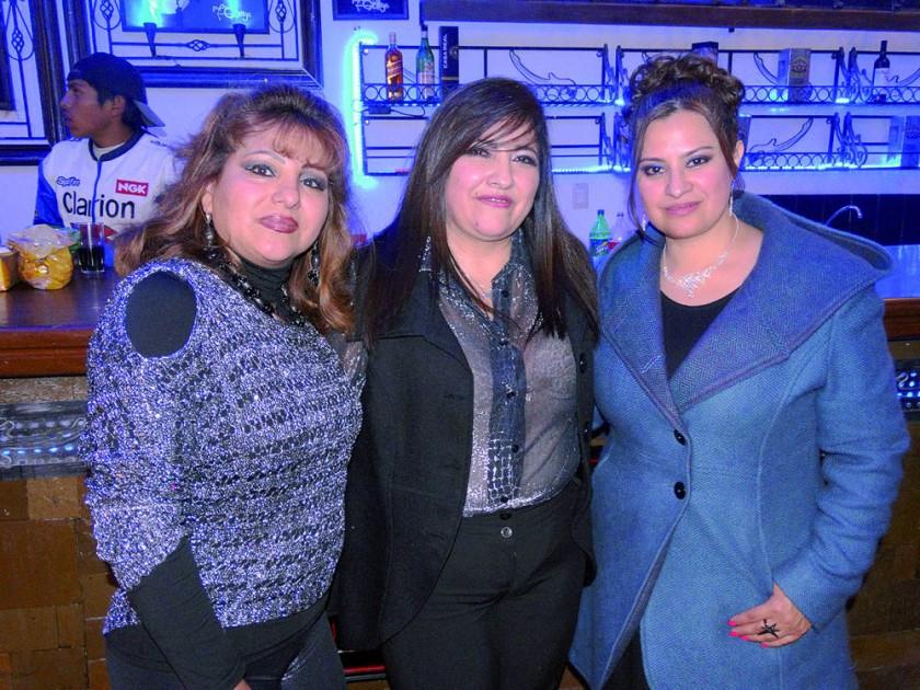 Mirtha Rodríguez, Carmen Campero y Jenny Campero.