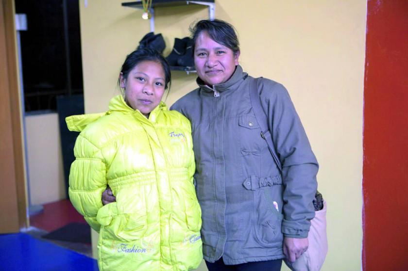 Jhomara Peterito y Janeth Céspedes.