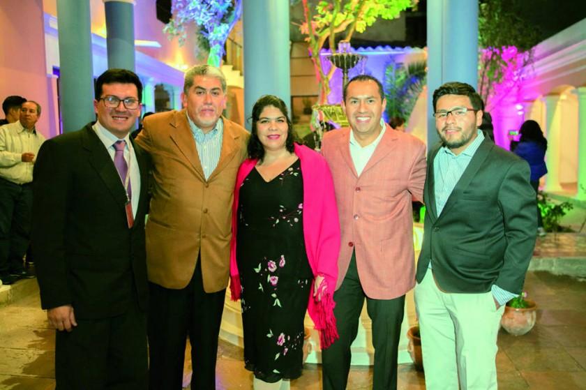 Antonio Guevara, Juan Carlos Jemio, Carola Condarco, Fabián Villegas y Ariel Vera.