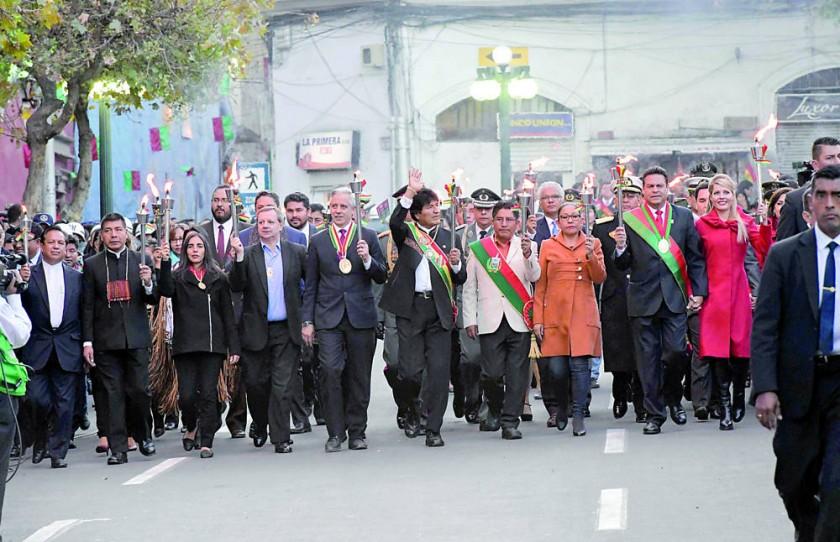 La Paz celebra con pedidos de unidad