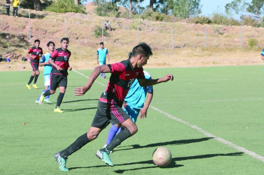 El equipo rubronegro goléo a Alianza Sur, en la cancha de Garcilazo.