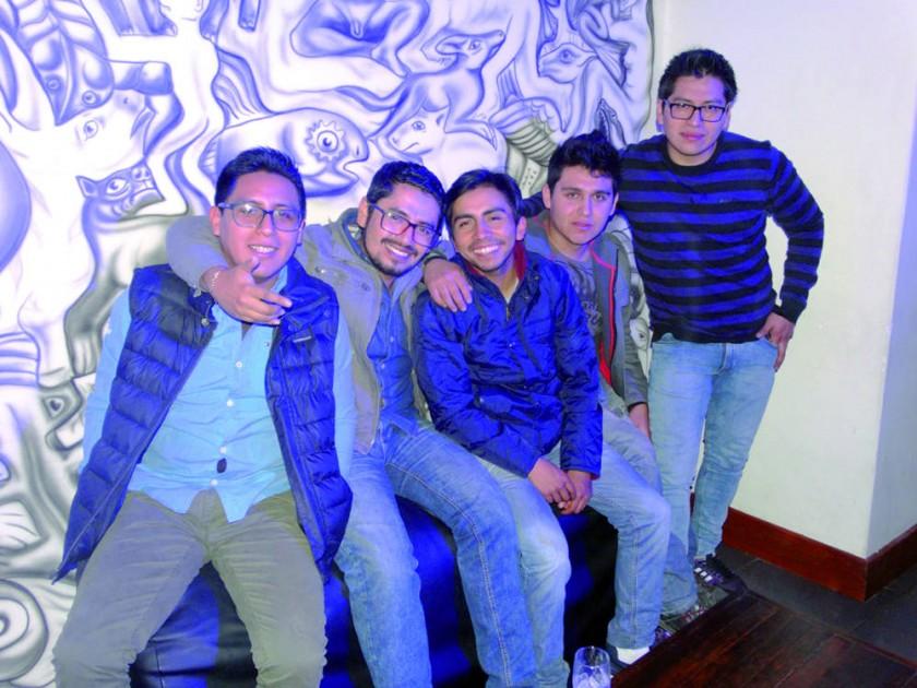 Renán, Diego, Nicolás, Dieguito y Miltón.