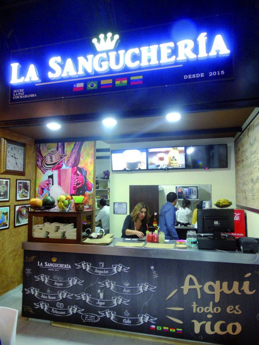 """La sucursal de """"La Sanguchería"""", en Loft."""
