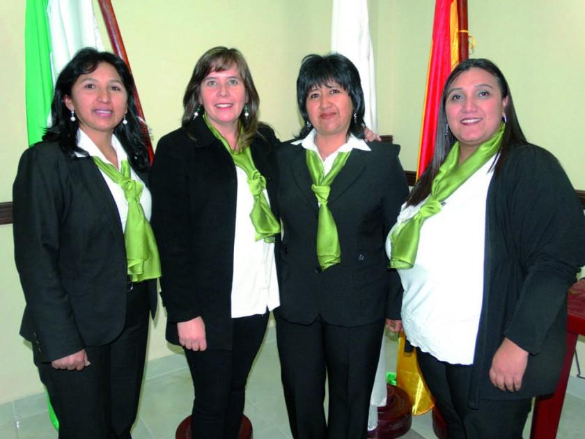 Gloria Durán, Cinthia Bueno, Jael Flores y Ximena Mealla.