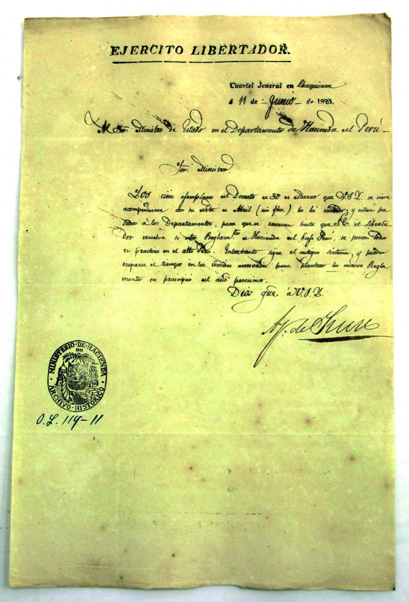 COPIA. La imagen de una de las cartas muestra el sello del Ministerio de Hacienda y lleva la firma del Mariscal Sucre.