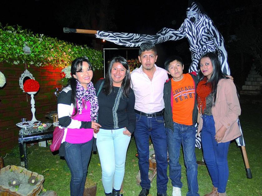 Eventos y Decoraciones Vabergevic: Familia Chávez Espada.