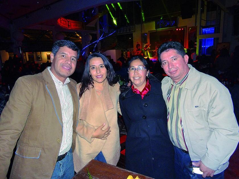 Javier Castro, Paola Quiroga, Lena García y Mauricio Chavarría.