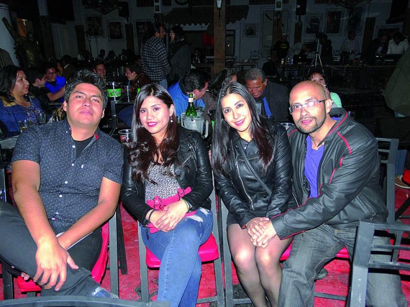 David, Aneliz, Alejandra y Carlos.