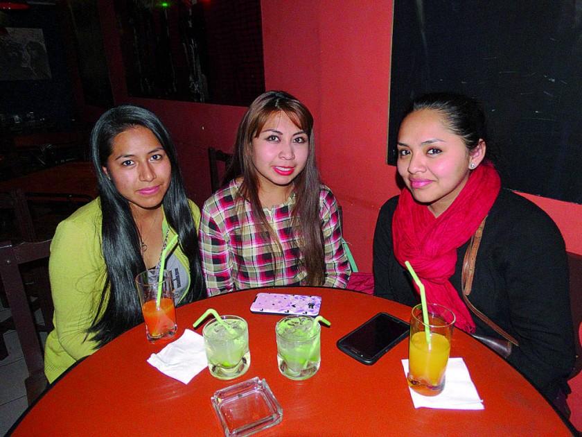 Lizbeth, Anahi y Fanny.