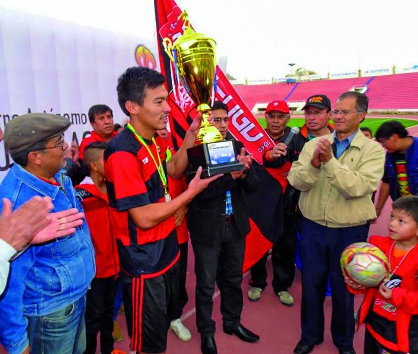 Flamengo aguarda rival, que podría ser Atlético Sucre o Fancesa.