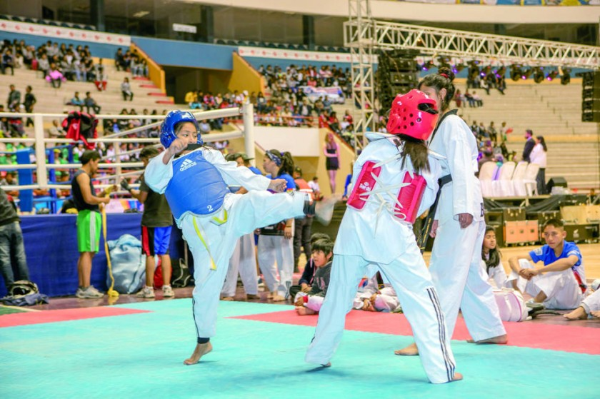 Ayer se puso en marcha la Expo Sport en el Polideportivo.