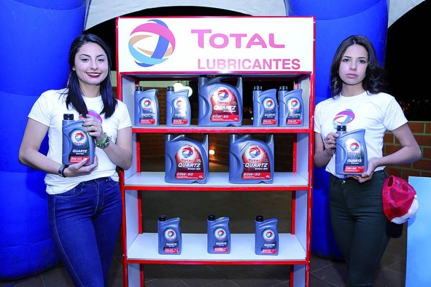 Micaela Villavicencio y Paola Ríos.