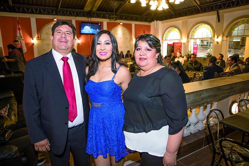 Rodolfo Aguirre, Fernanda Aguirre y Rosario Ríos.