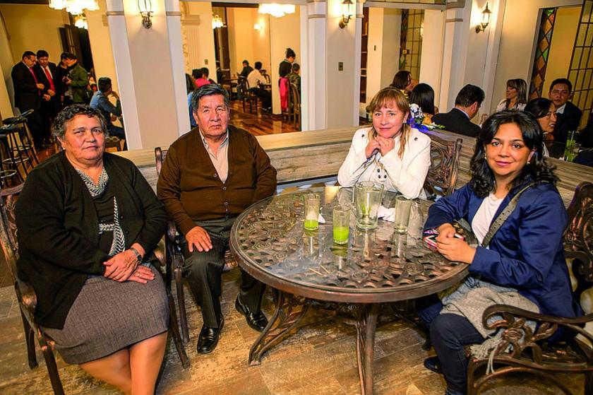Alejandra Ayala, Sergio Ríos, Mónica García y Silvia Vedia.