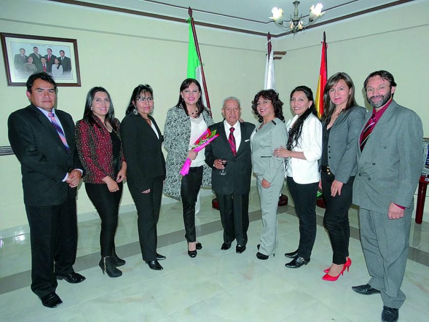 Socios de la Sociedad Boliviana de Endodoncia de Chuquisaca.