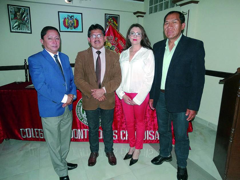 Directorio del Colegio de Odontólogos de Chuquisaca, José Luis Ruelas, Pascual Yampa, Fabiola Medina Navia  y José...