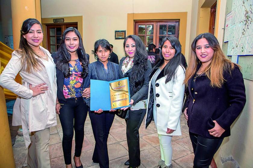Agrupación Femenina Sisay.