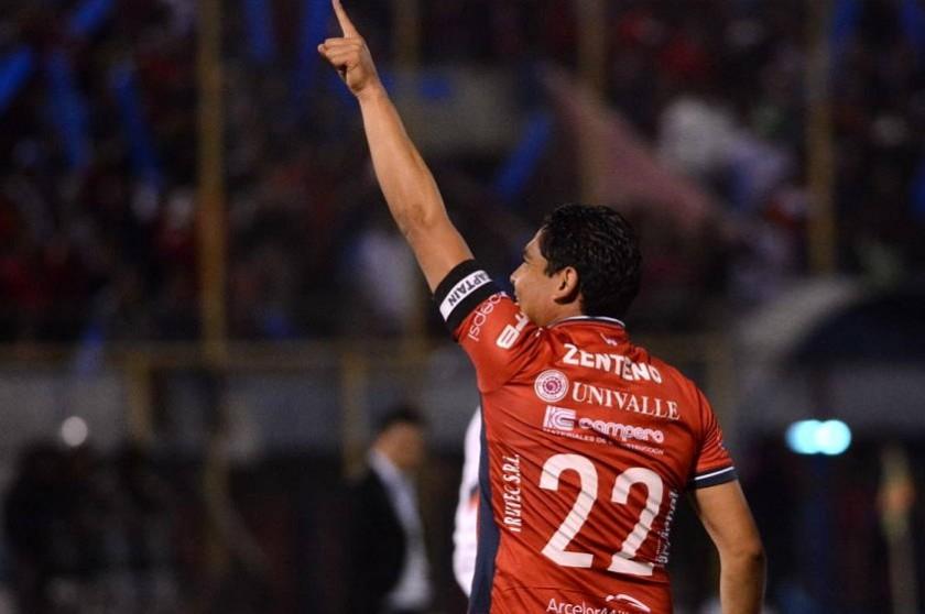Zenteno celebra el único gol del partido, por ahora. Foto: Marka Registrada.