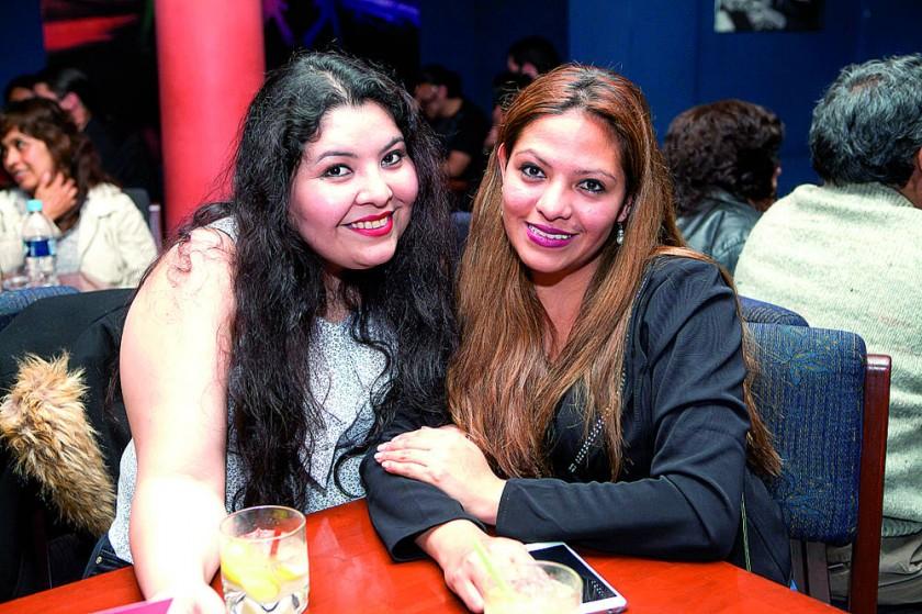 Scarleth Moore y Carmen Morales.