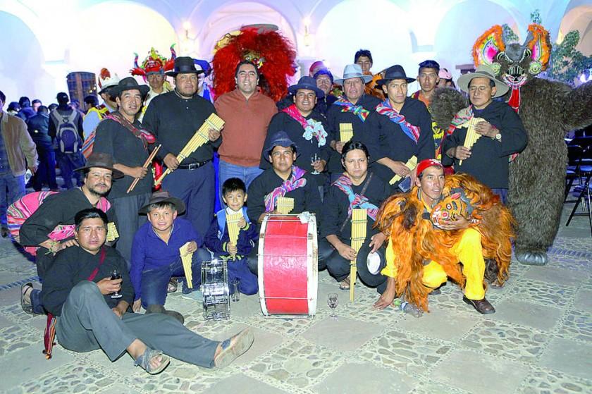 La Comunidad de Thaqos con los Thanta Morenos.